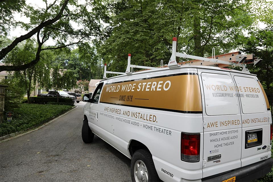 World Wide Stereo Van
