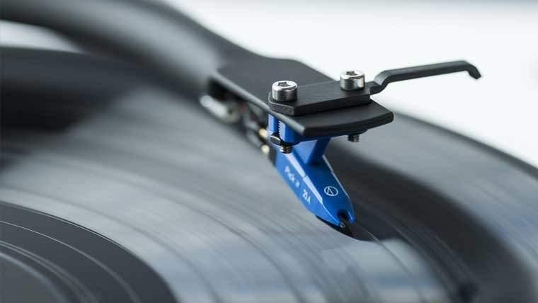 4 Ways to Get the Best Sound Out of Your Turntable