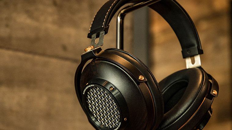 How to Choose the Right Pair of Headphones