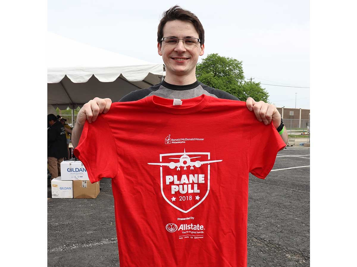 Nick shows off his official RMDH plane pull shirt