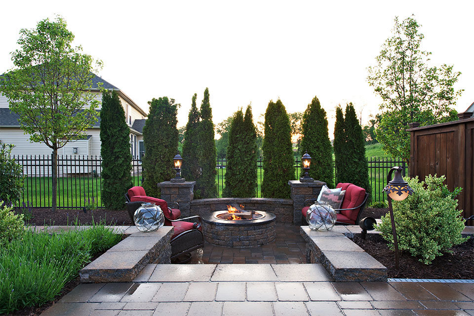 Firepit and chairs