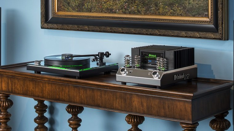 Meet the McIntosh MT2 Turntable