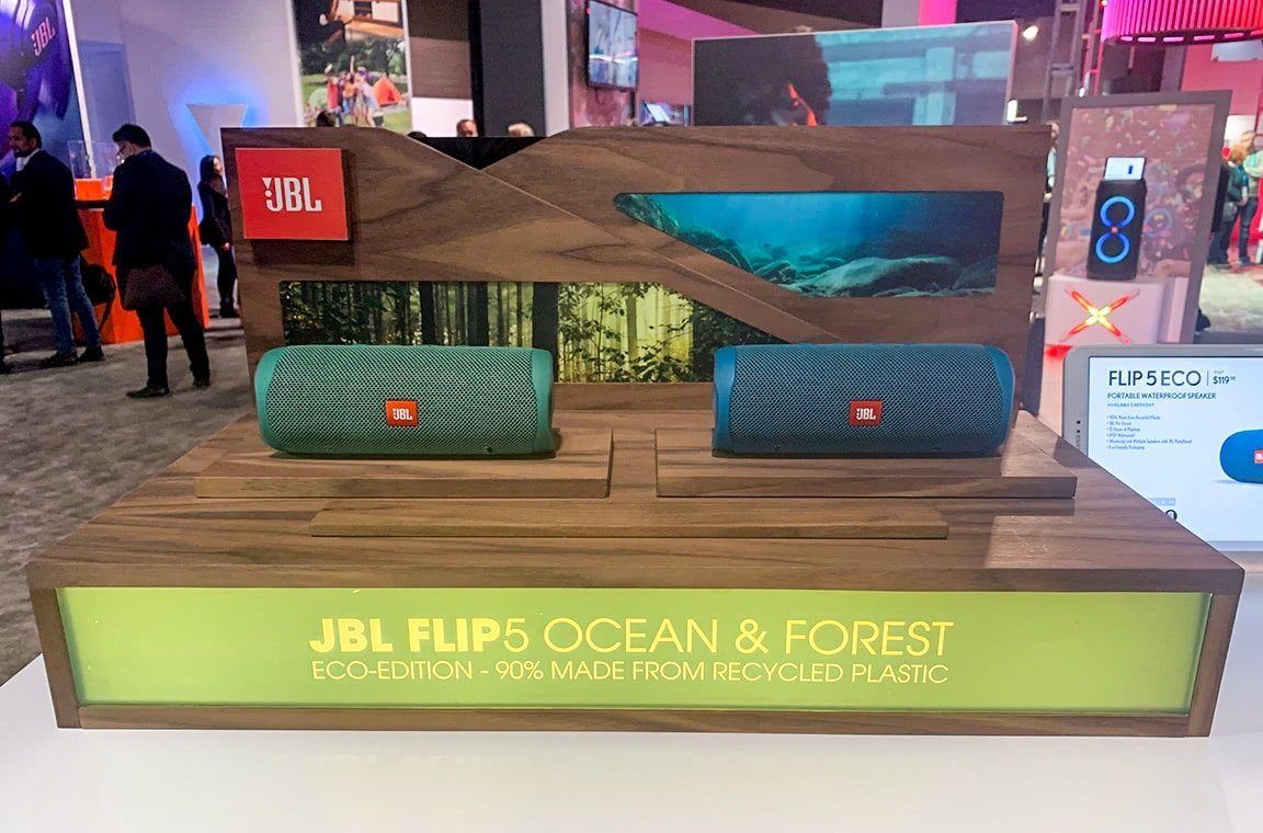 JBL Flip 5 ECO in Forest and Ocean