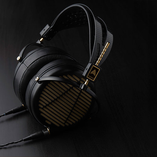 View Larger Image of LCD-4z 15-Ohm Over-Ear Headphones (Magnesium/Gold)