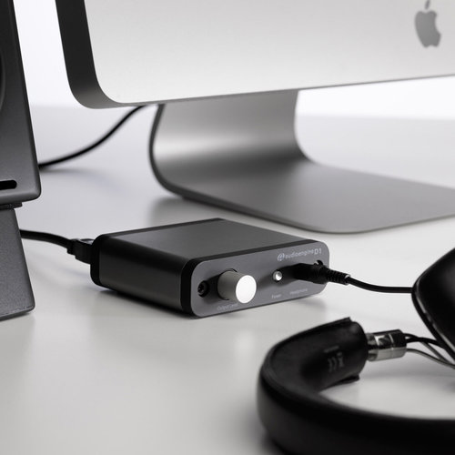 View Larger Image of D1 Premium 24-Bit DAC With Headphone Amp (Black)