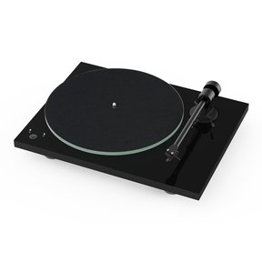 Pro-Ject T1 w/ Speed Change and Pre-Amp (Black)