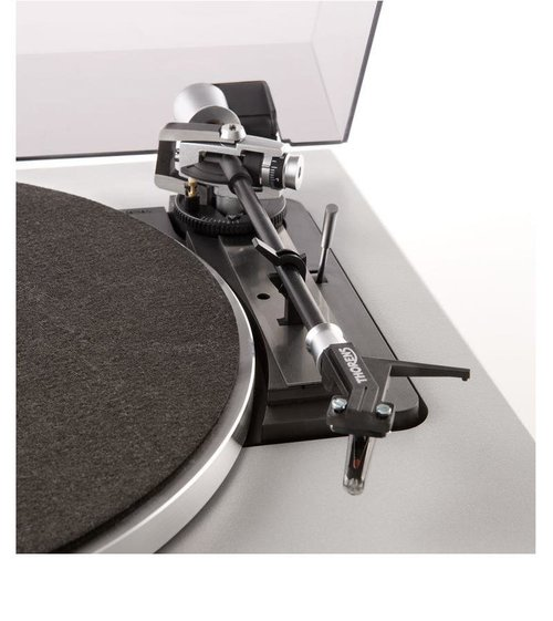 View Larger Image of TD 240-2 Fully-Automatic Turntable (33, 45, or 78 RPM, AT95E)