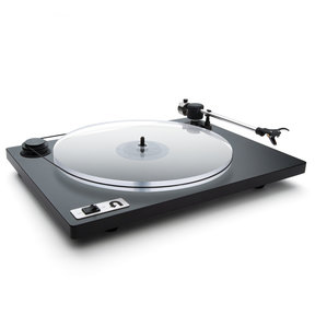 Orbit Plus Turntable with Built-In Preamplifier